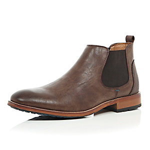 Dark brown color sole Chelsea boots
