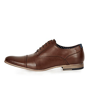 Dark brown smart leather shoes
