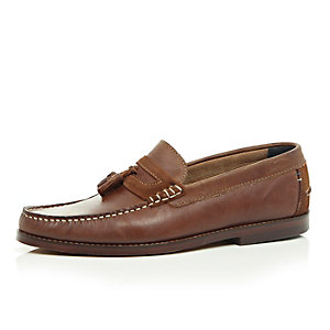 Tan brown leather heavy sole tassel loafers
