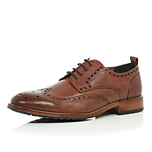 Tan brown colour block sole brogues