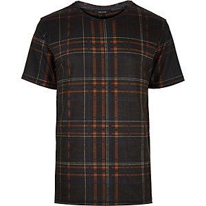 Black bold check print t-shirt