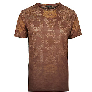 Brown faded tapestry print t-shirt