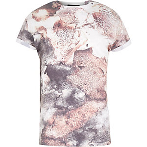 White washed rust print t-shirt