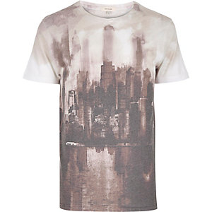 White washed city print t-shirt