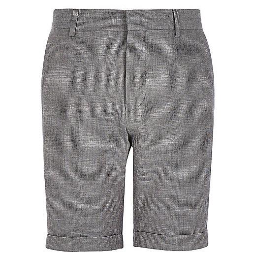 Elegante, graue Bermuda-Shorts