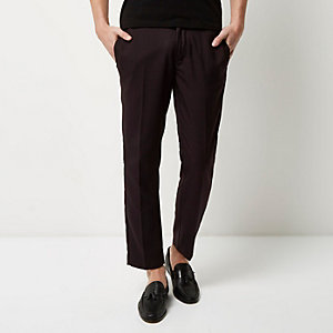 Dark red houndstooth skinny crop pants