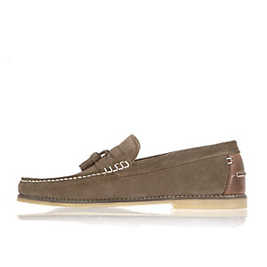 Grey suede tassel shoes