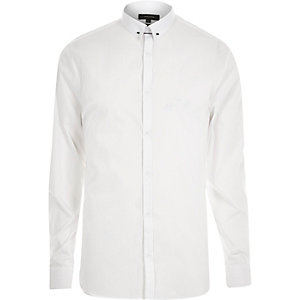 White collar bar slim shirt