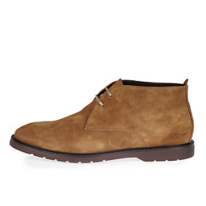 Brown Italian leather chukka boots