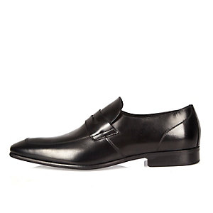 Black Italian leather apron detail loafers