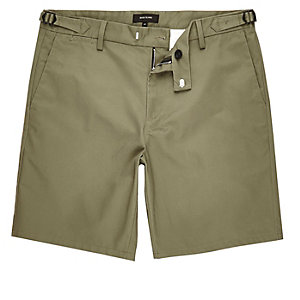 Khaki green slim chino buckle shorts