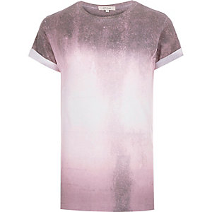 Dark pink faded paint print t-shirt
