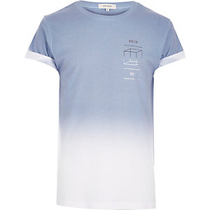 Light blue faded cube print t-shirt