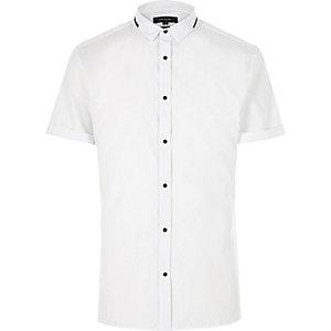 White trimmed collar popper slim shirt