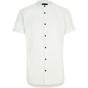 White short sleeve grandad slim shirt