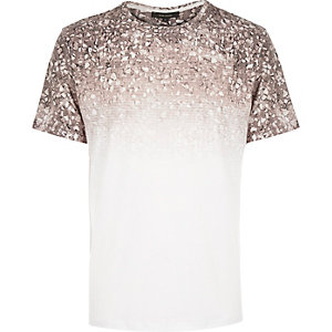 White faded gravel print t-shirt