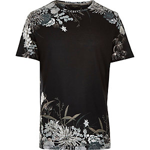 Black ornamental floral print t-shirt