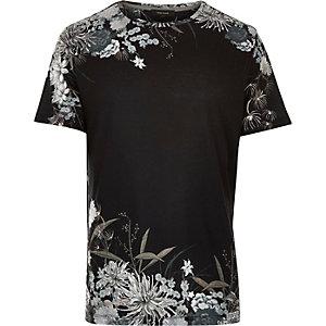 Black ornamental floral print t-shirt