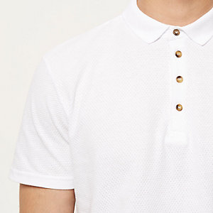 White textured polo shirt