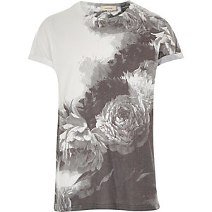 White placement floral print t-shirt