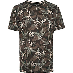 Brown floral leaf print t-shirt