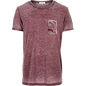 Red acid wash raised print t-shirt