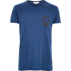 Blue textured geometric print t-shirt