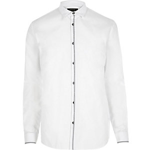 White button placket detail slim shirt