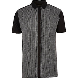 Black contrast front short sleeve shirt