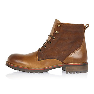 Brown leather fleece-lined boots