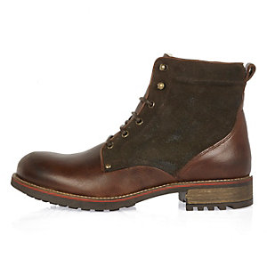 Dark brown leather fleece-lined boots