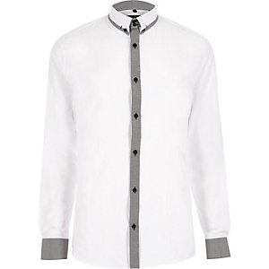 White smart slim shirt