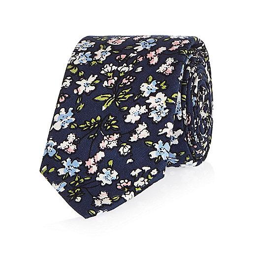 Cravate à petites fleurs bleu marine
