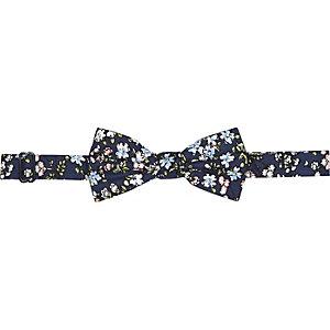 Navy ditsy print bow tie