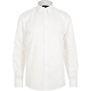White twill button collar slim shirt
