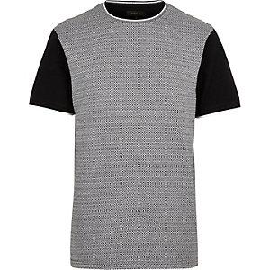 Black diamond short sleeve t-shirt