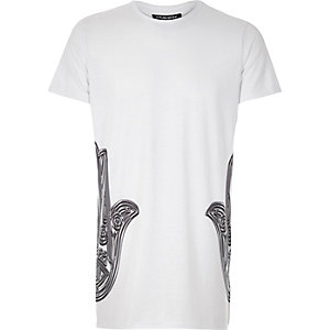 White Jaded hamsa side print t-shirt