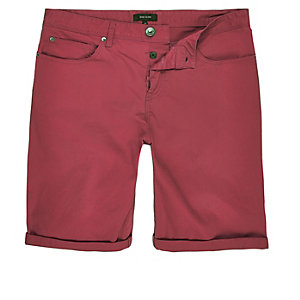 Red slim five pocket shorts