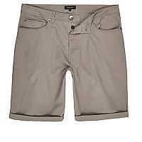 Short slim gris à cinq poches