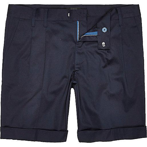 Short en satin bleu coupe slim