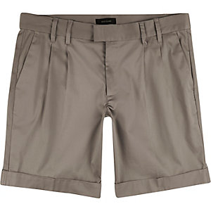 Light brown sateen bermuda shorts