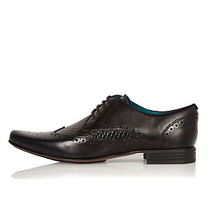 Black leather woven formal shoes