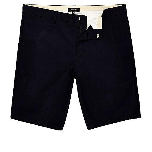 Marineblaue Skinny Fit Bermudashorts