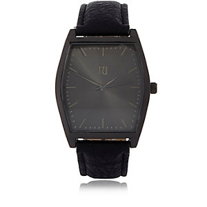 Black '70s retro watch