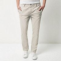 Pantalon chino gris stretch coupe slim