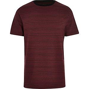 Dark red stripe print t-shirt