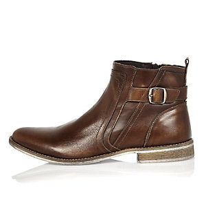 Brown leather strap Chelsea boots