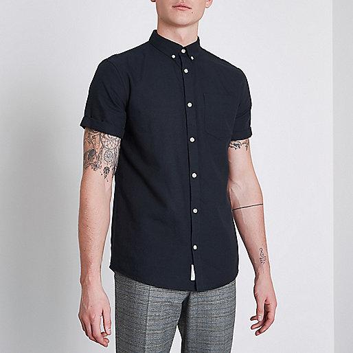 Marineblaues, kurzärmliges Oxford-Hemd