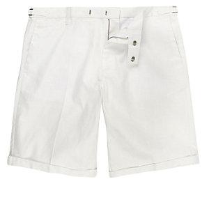 White linen slim knee length shorts