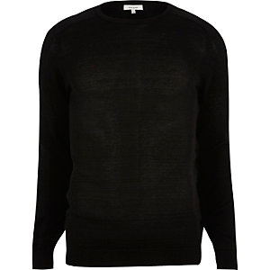 Black crew neck sweater